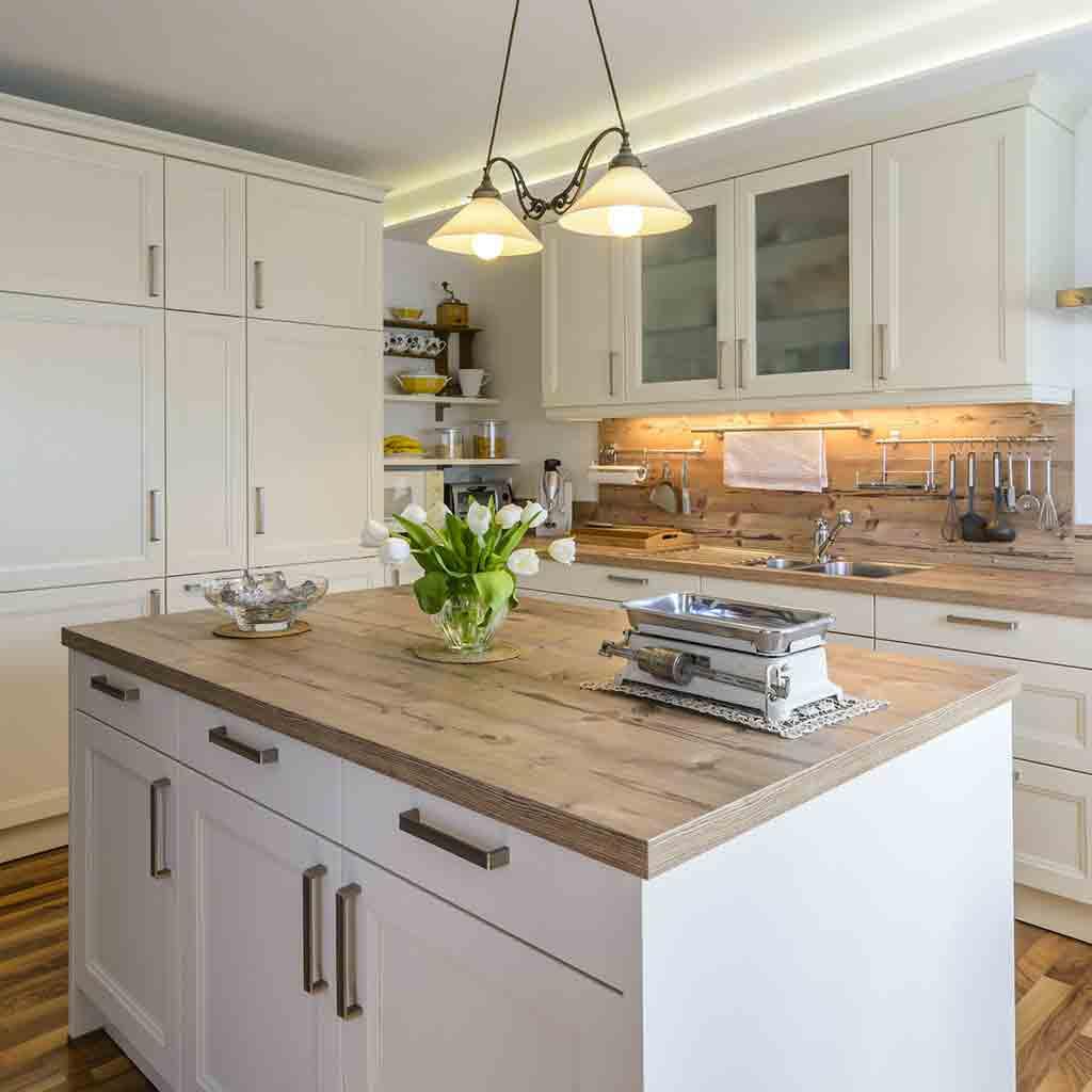 Full Size of Landhausküche Einrichten Kleine Küche Badezimmer Moderne Weiß Gebraucht Grau Weisse Wohnzimmer Landhausküche Einrichten