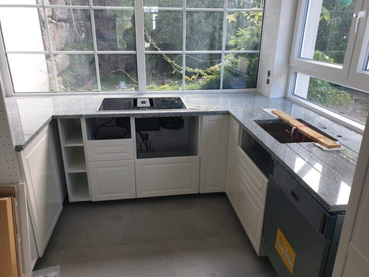 Medium Size of Küchenrückwände Ikea Grenzach Wyhlen Kche Mit Viscont White Granit Arbeitsplatten Küche Kosten Kaufen Miniküche Betten 160x200 Modulküche Sofa Wohnzimmer Küchenrückwände Ikea