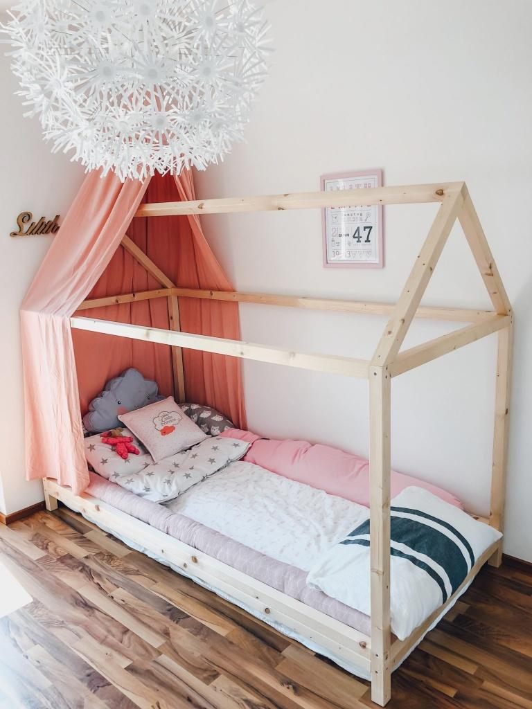 Full Size of Endlich Durchschlafen Diy Hausbett Fr Nach Montessori Wohnzimmer Kinderbett Diy