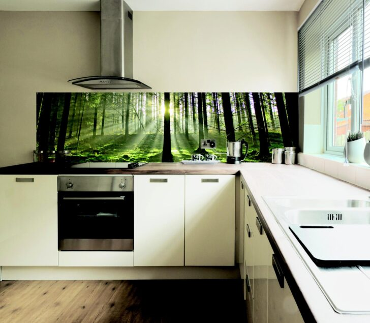 Medium Size of Anleitung Fachgerechte Befestigung Kchenrckwand Frag Mutti Wohnzimmer Küchenblende