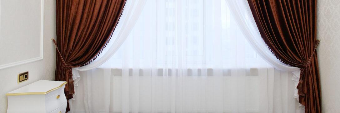 Large Size of Gardinen Wohnzimmer Katalog Tischlampe Wandtattoo Teppich Wandbilder Deckenlampen Fototapeten Für Die Küche Hängeleuchte Landhausstil Sofa Kleines Bilder Wohnzimmer Gardinen Wohnzimmer Katalog