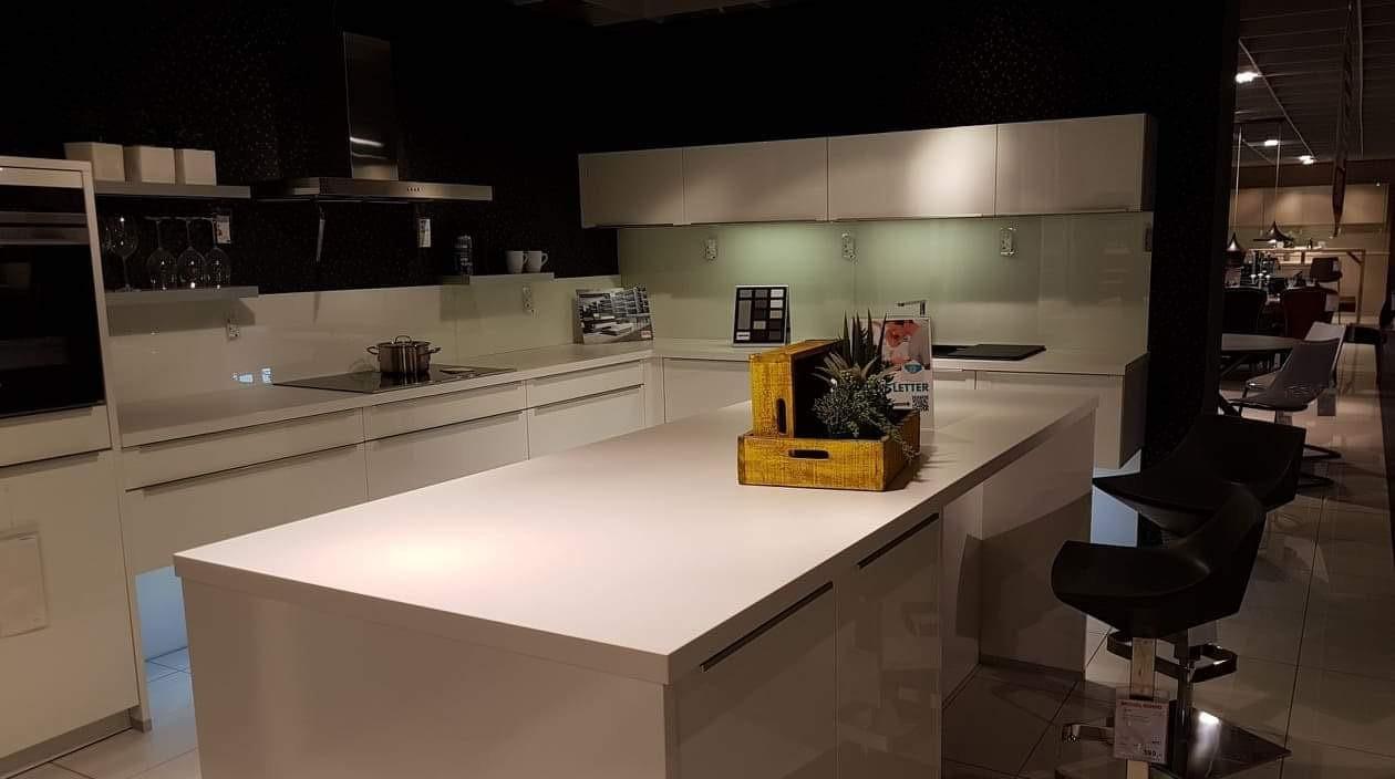 Full Size of Alno Küchen Ausstellungsstck Prime Kche Neu Gebrauchte Kchen In Küche Regal Wohnzimmer Alno Küchen