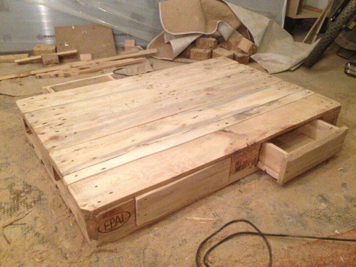 Medium Size of Bauanleitung Bauplan Palettenbett Couchtisch Mit Schubladen Selber N Schublade Oberen Wohnzimmer Bauanleitung Bauplan Palettenbett