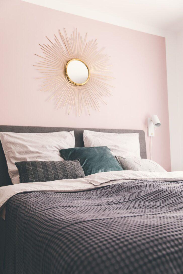 Medium Size of Altrosa Schlafzimmer Sonnenspiegel An Rosa Wand Im Luxus Wandtattoo Landhaus Komplett Massivholz Kommode Weiß Günstige Komplette Deckenlampe Wandtattoos Wohnzimmer Altrosa Schlafzimmer