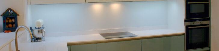 Rückwand Küche Ikea Glasrckwand In Der Kche Pflegeleichte Tapete Bodenbeläge Hängeschränke Mini Holzbrett Holzküche Pendeltür Holz Modern Vorratsdosen Wohnzimmer Rückwand Küche Ikea