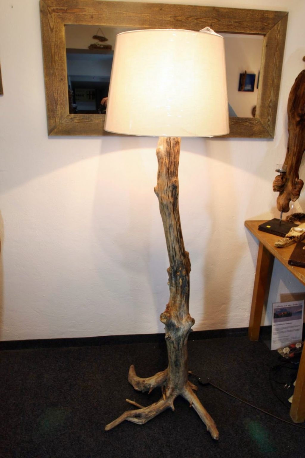 Full Size of Wohnzimmer Lampe Selber Bauen Beleuchtung Led Selbst Indirekte Leuchte Holz Machen Einzigartige Treibholz Lampen Zum Tapete Wandbild Hängelampe Stehlampe Wohnzimmer Wohnzimmer Lampe Selber Bauen