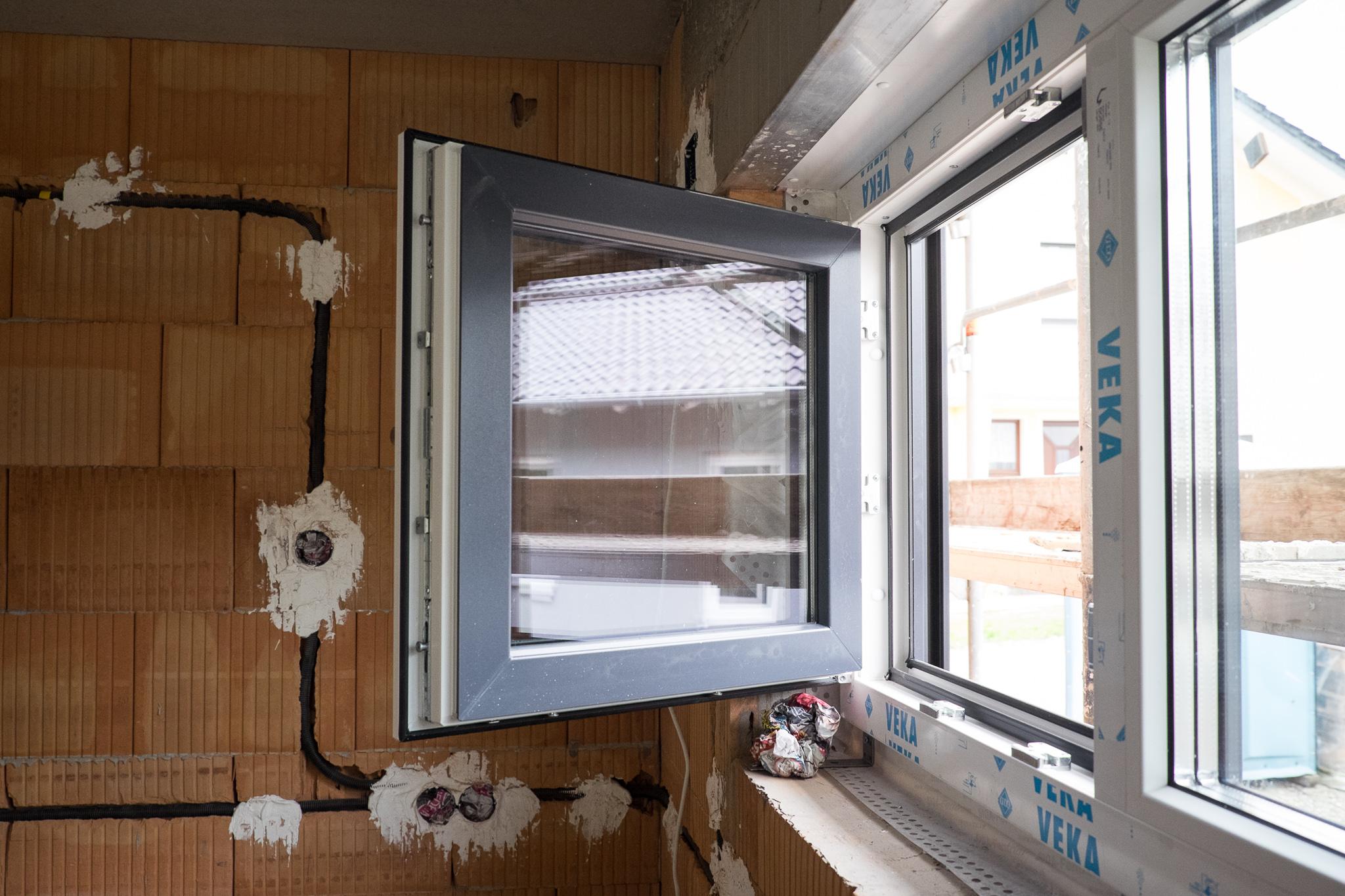 Full Size of Küche Fenster Kw43 Ein Haus Fr Den Zwerg Waschbecken Stehhilfe Kaufen Mit Elektrogeräten Bartisch Weiß Matt Holz Modern Gebrauchte Läufer In Polen Wohnzimmer Küche Fenster