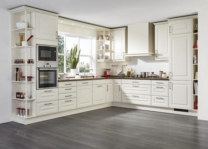 Medium Size of Landhausküche Grün Schne Grau Gebraucht Grünes Sofa Küche Mintgrün Moderne Weiß Weisse Regal Wohnzimmer Landhausküche Grün