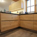 Holzkchen Alles Was Sie Ber Wissen Sollten Deckenleuchte Schlafzimmer Modern Küche Holz Bett Design Wohnzimmer Bilder Moderne Esstisch Modernes Sofa Wohnzimmer Massivholzküche Modern