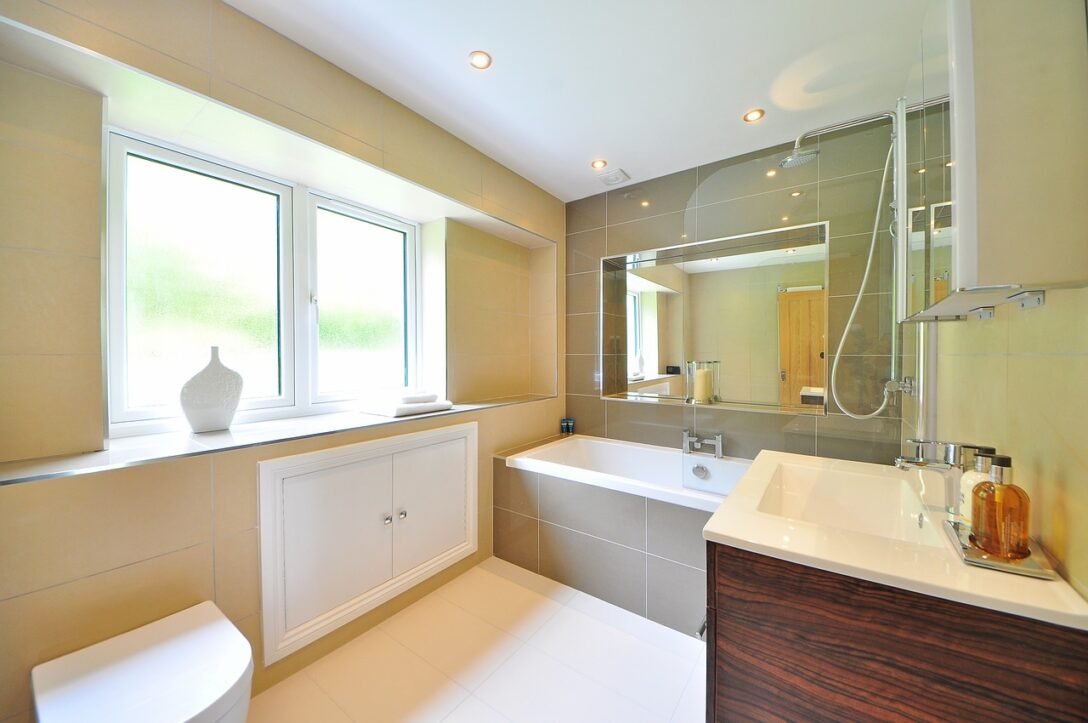 Large Size of Fliesenspiegel Verkleiden Badewanne Fliesen Vorteile Tipps Material Küche Selber Machen Glas Wohnzimmer Fliesenspiegel Verkleiden