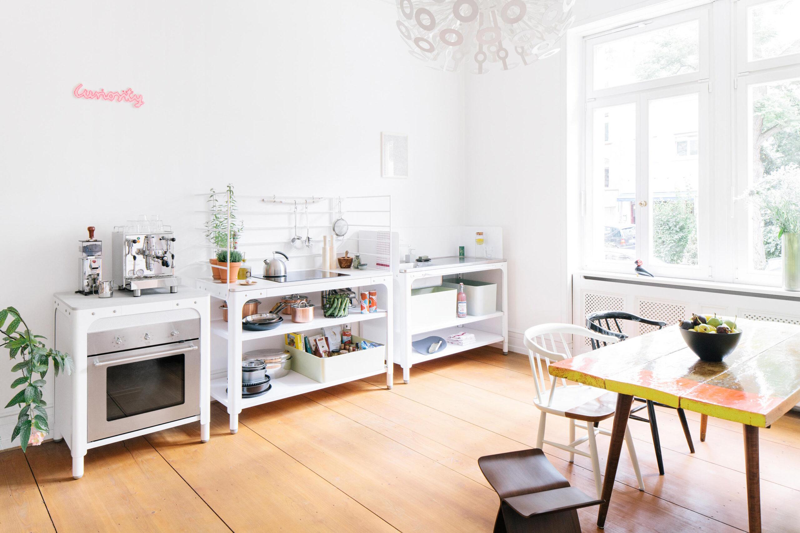 Full Size of Concept Kitchen Designermbel Architonic Küche Eiche Hell Hochglanz Weiss Kaufen Ikea Landhausstil Holzküche Obi Einbauküche Billig Arbeitsschuhe Fototapete Wohnzimmer Rollwagen Küche Schmal
