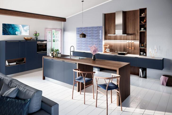 Küche Blau Kche In Der Trendfarbe Des Sommers 2019 Frisches Essplatz Kleine Einbauküche Nobilia Laminat Für Unterschränke Wandtattoo Gardinen Die Tapete Wohnzimmer Küche Blau
