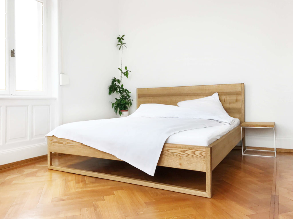 Large Size of Pure Ash Bed Massivholzbett Aus Esche N51e12 Design Massivholz Betten Bett Schwebendes Ikea 160x200 Dänisches Bettenlager Badezimmer Mit Stauraum Eiche Massiv Wohnzimmer Bett Rückwand Holz