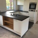 Was Kostet Eine Neue Küche Weiße Arbeitsplatten Singelküche Ohne Hängeschränke Bodenbeläge Armaturen Ausstellungsküche Wandverkleidung Industrielook Wohnzimmer Küche U Form