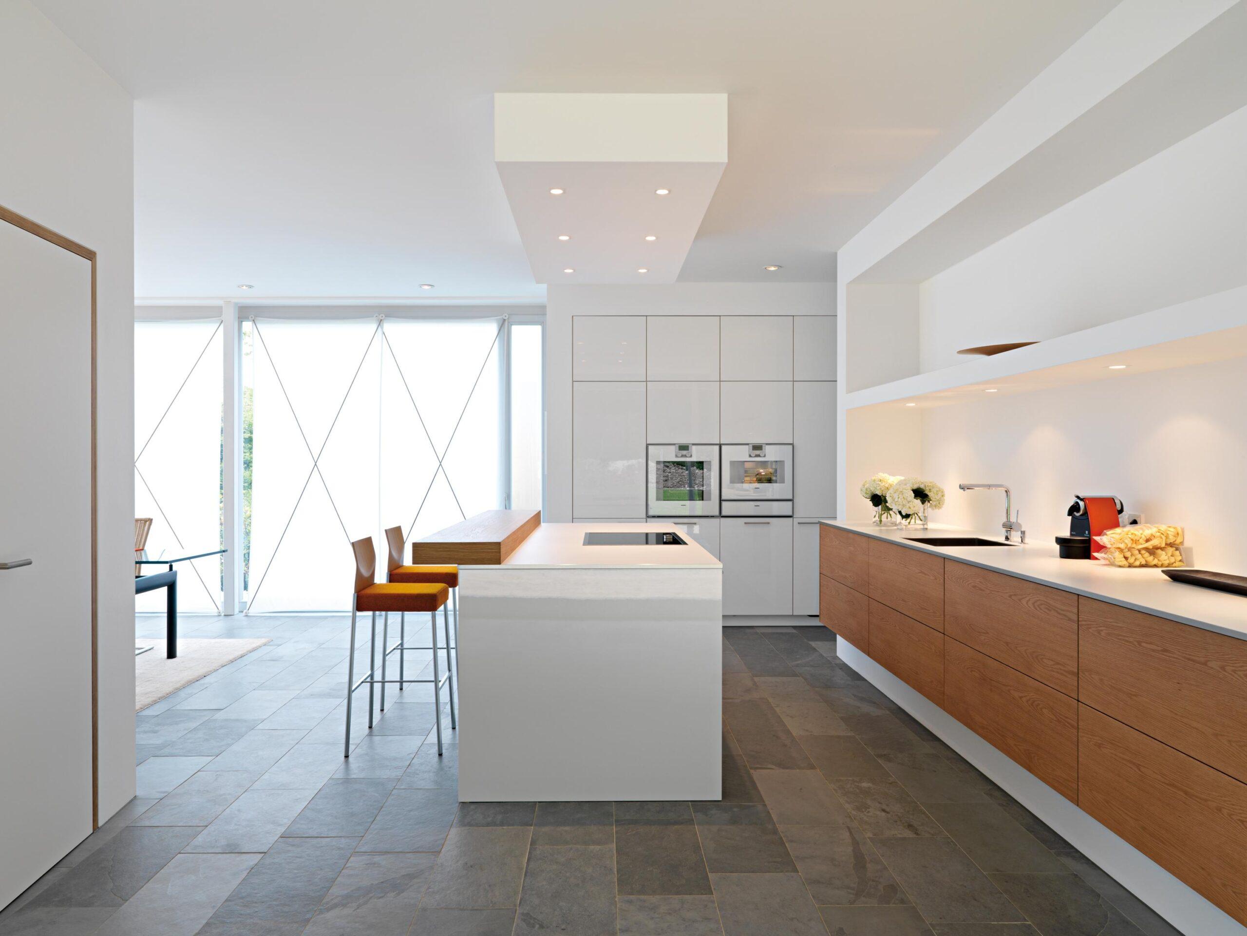 Full Size of Grauer Bodenbelag Bilder Ideen Couch Hängeregal Küche Wohnzimmer Hängeregal Kücheninsel