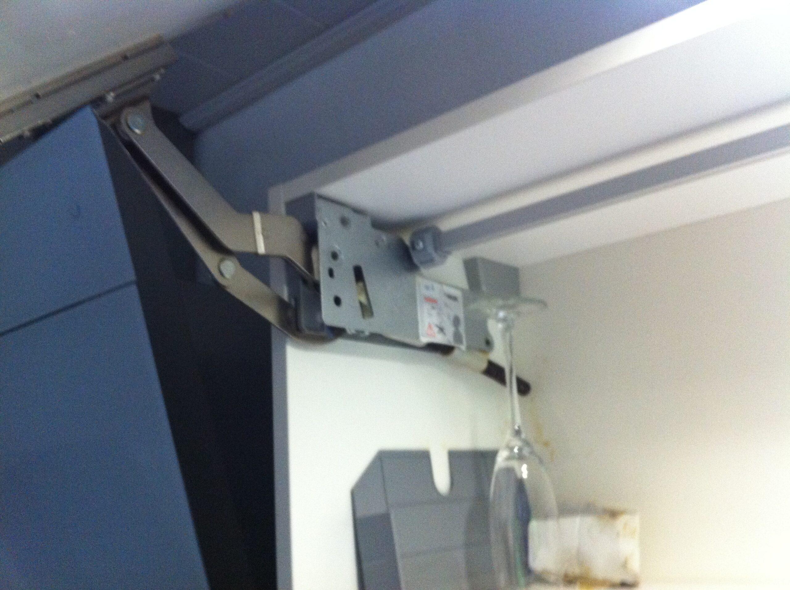 Full Size of Küchenkarussell Blockiert Eckschrnke Elektrogerte Im Raum Barsinghausen Miele Landhauskche Wohnzimmer Küchenkarussell Blockiert