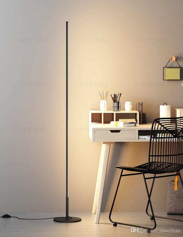 Medium Size of Wohnzimmer Led Lampe Minimalistische Stehlampen Kreative Lampen Esstisch Für Stehlampe Bad Schlafzimmer Sofa Wohnzimmer Wohnzimmer Led Lampe