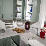 Küche Salbeigrün Singleküche Eckunterschrank Umziehen Sideboard Mit Arbeitsplatte Rolladenschrank Led Beleuchtung Pendelleuchte Sitzecke Schrankküche Wohnzimmer Küche Salbeigrün