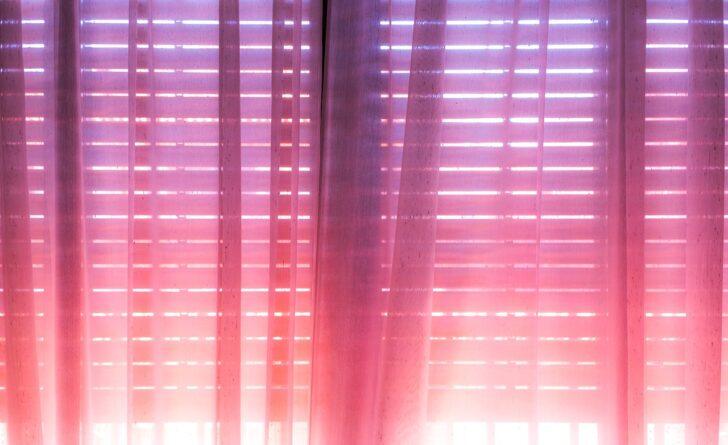 Medium Size of Wie Whlen Sie Vorhnge Modernes Sofa Moderne Deckenleuchte Wohnzimmer Bett Duschen Esstische Landhausküche Bilder Fürs 180x200 Wohnzimmer Moderne Küchenvorhänge