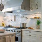Kleine Küche Kaufen Metrofliesen 7 Wasserhahn Einbauküche Gebraucht Mobile Sofa Kleines Wohnzimmer Betten Ausstellungsküche Deckenlampe Was Kostet Eine Wohnzimmer Kleine Küche Kaufen