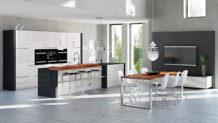 Medium Size of Sockellose Kchen In Ihrem Kchenstudio Janthur Freistehende Küche Wohnzimmer Kücheninsel Freistehend