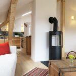 Küche Dachgeschoss Wohnzimmer Küche Dachgeschoss Wohnzimmer Kueche Mayrhof Ferienwohnungen Mittenwald Hängeschrank Höhe Miniküche Mit Kühlschrank Selbst Zusammenstellen Landhausküche