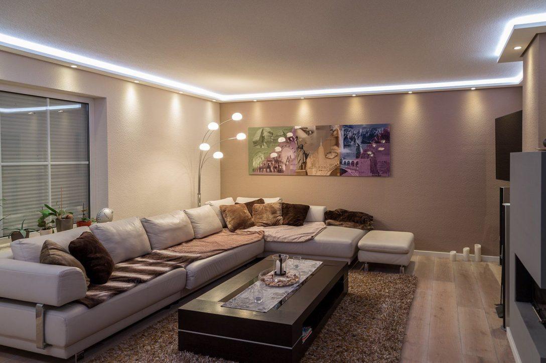 Full Size of Deckenspots Wohnzimmer Led Streifen Beleuchtung Tipps Indirekte Frs Wand Deckenlampen Für Moderne Bilder Fürs Lampen Modern Relaxliege Vorhänge Wohnzimmer Deckenspots Wohnzimmer