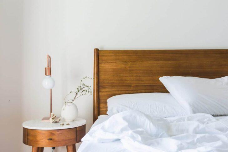 Medium Size of Massivholzbett Test Empfehlungen 05 20 Polsterreiniger Sofa Polster Reinigen Polsterbank Küche Bett Mit Gepolstertem Kopfteil Wohnzimmer Bettkopfteile Polster