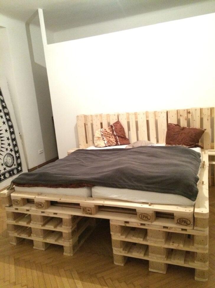Medium Size of Bett Aus Europaletten Palettenbett Selber Bauen Diy Trends Betten Ikea 160x200 Konfigurieren Mit Bettkasten 140x200 Kaufen Holzhaus Garten Esstisch Weiß Wohnzimmer Bett Aus Europaletten