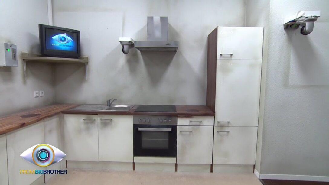 Large Size of Küche Roller Einhebelmischer Mit Elektrogeräten Gebrauchte Einbauküche Miniküche Kühlschrank Laminat In Der Beistellregal Tapete Modern Arbeitsplatten Wohnzimmer Küche Roller