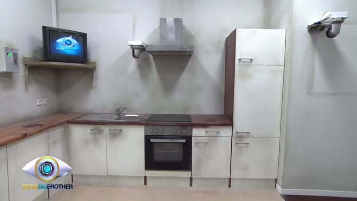 Medium Size of Küche Roller Einhebelmischer Mit Elektrogeräten Gebrauchte Einbauküche Miniküche Kühlschrank Laminat In Der Beistellregal Tapete Modern Arbeitsplatten Wohnzimmer Küche Roller