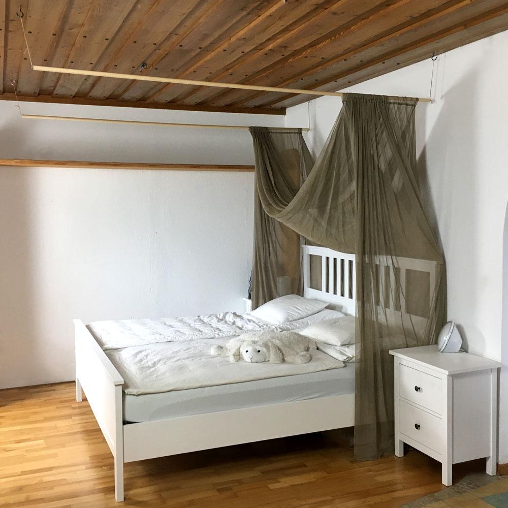 Full Size of Palettenbett 140x200 Ikea Bett Breit Mit Bettkasten Weiss M Betten Selber Küche Kaufen Modulküche Sofa Schlaffunktion Bei 160x200 Miniküche Kosten Wohnzimmer Palettenbett Ikea