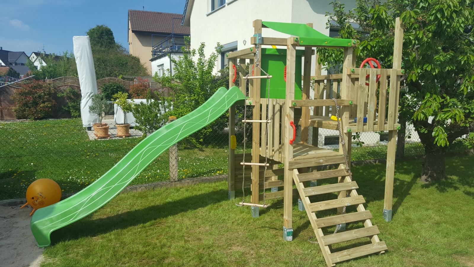 Full Size of Spielgert Garten Spielturm Kaufen 10 Tipps Zum Kauf Klappstuhl Inselküche Abverkauf Bad Kinderspielturm Wohnzimmer Spielturm Abverkauf