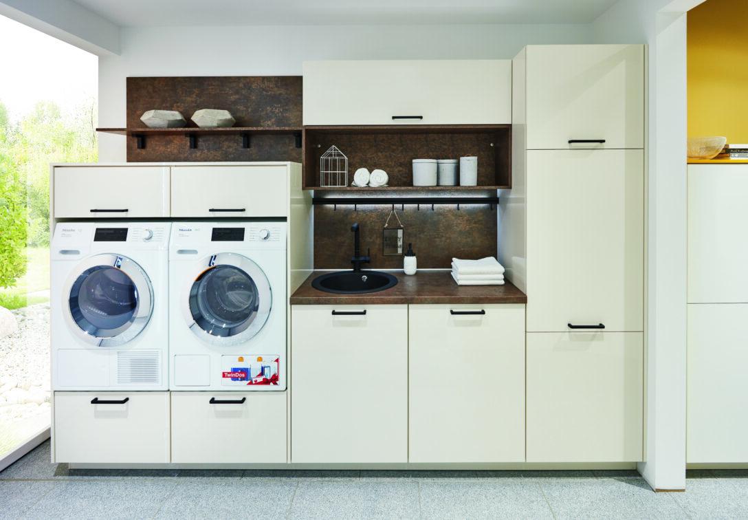 Large Size of Küchenzeile Mit Waschmaschine Einen Hauswirtschaftsraum Planen Und Praktisch Einrichten Kcheco Sofa Relaxfunktion Abnehmbaren Bezug Bett 160x200 Lattenrost Wohnzimmer Küchenzeile Mit Waschmaschine