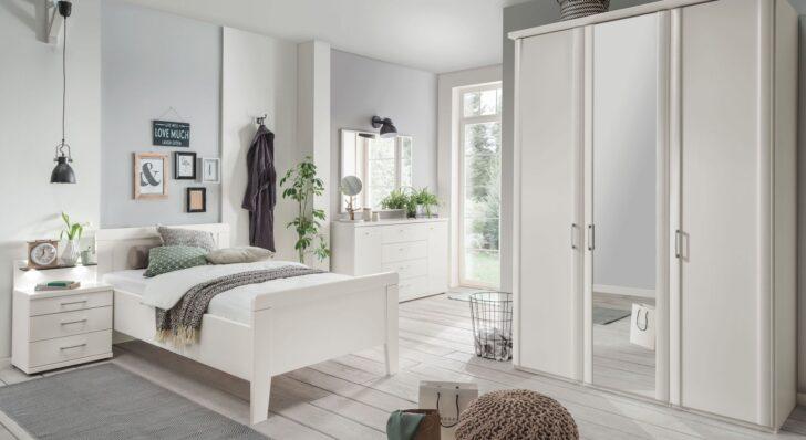 Medium Size of Senioren Schlafzimmer Komplett Mit Einzel Oder Doppelbett überbau Guenstig Nolte Günstige Lattenrost Und Matratze Stuhl Für Schimmel Im Vorhänge Kommode Wohnzimmer überbau Schlafzimmer Modern