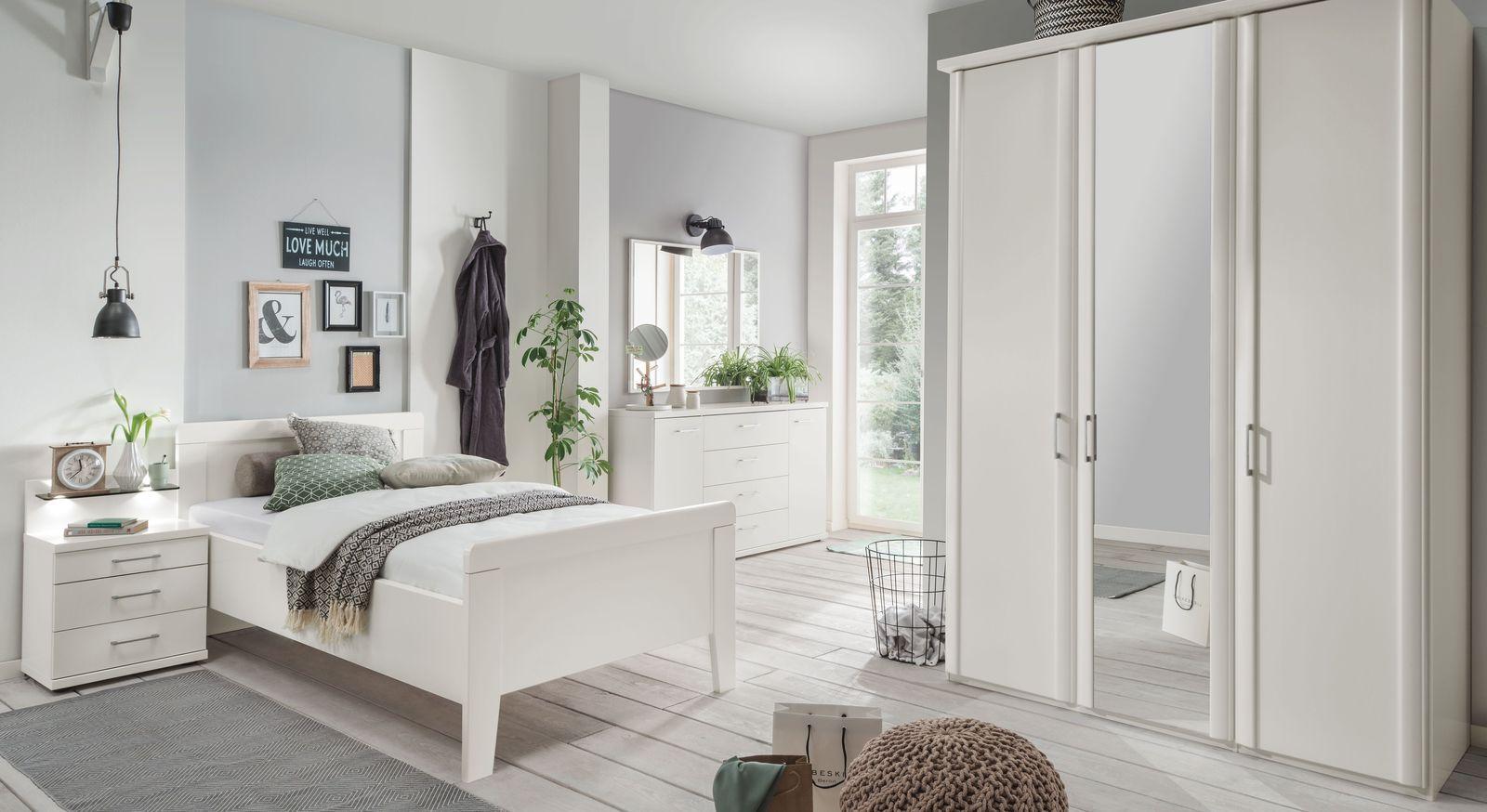 Full Size of Senioren Schlafzimmer Komplett Mit Einzel Oder Doppelbett überbau Guenstig Nolte Günstige Lattenrost Und Matratze Stuhl Für Schimmel Im Vorhänge Kommode Wohnzimmer überbau Schlafzimmer Modern
