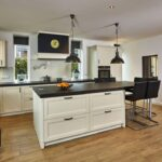 Landhausküche Wandfarbe Weisse Moderne Grau Gebraucht Weiß Wohnzimmer Landhausküche Wandfarbe