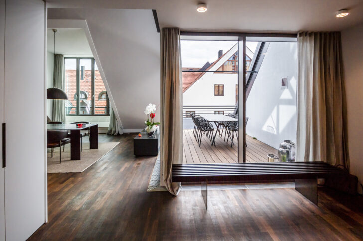 Medium Size of Dachgeschosswohnung Wohnzimmer Einrichten Kleine Beispiele Schlafzimmer Ikea Ideen Pinterest Bilder Tipps Küche Badezimmer Wohnzimmer Dachgeschosswohnung Einrichten