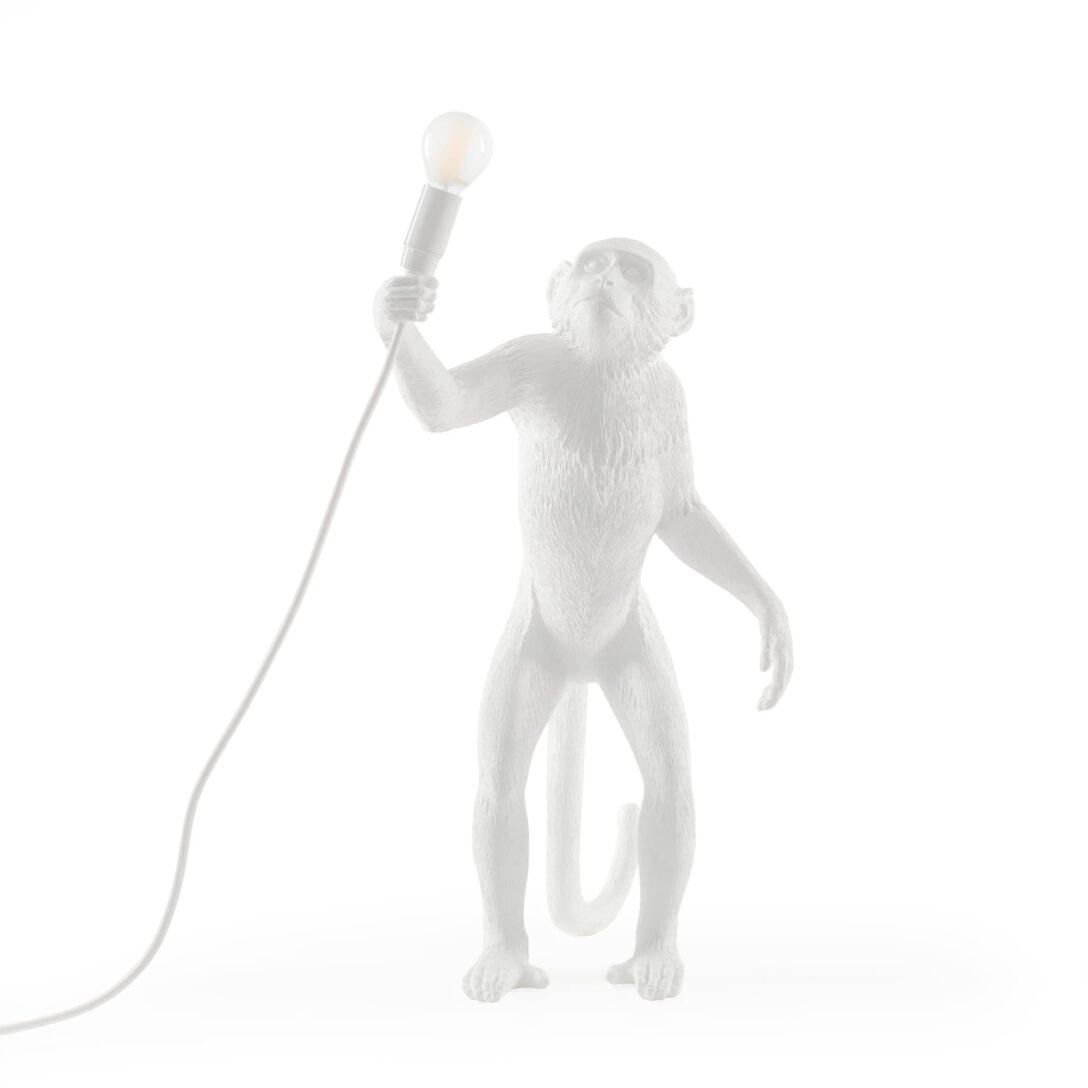 Large Size of Wohnzimmer Lampe Stehend Led Holz Ikea Klein Leuchte The Monkey Lamp Wei Seletti Hotel Ultra Lampen Esstisch Fototapeten Stehlampe Schlafzimmer Heizkörper Wohnzimmer Wohnzimmer Lampe Stehend