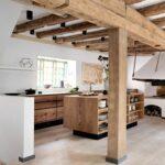 Aktuelles Kchendesign Fr Das Jahr 2020 Mit 35 Kchenbildern Küchen Regal Esstisch Rustikal Holz Küche Rustikaler Rustikales Bett Wohnzimmer Küchen Rustikal