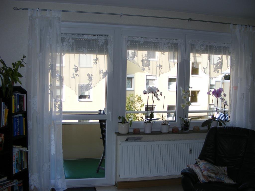 Full Size of Balkontür Gardine Gardinenstores Fr Mein Wohnzimmerfenster Bewertungen Zu Fenster Gardinen Küche Für Die Schlafzimmer Wohnzimmer Scheibengardinen Wohnzimmer Balkontür Gardine