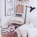 Dekorationsideen Wohnzimmer Dekoration Ein Paar Tipps Zur Wandgestaltung Wandbilder Gardine Sessel Schrankwand Deckenleuchte Stehleuchte Deckenlampen Modern Wohnzimmer Dekorationsideen Wohnzimmer