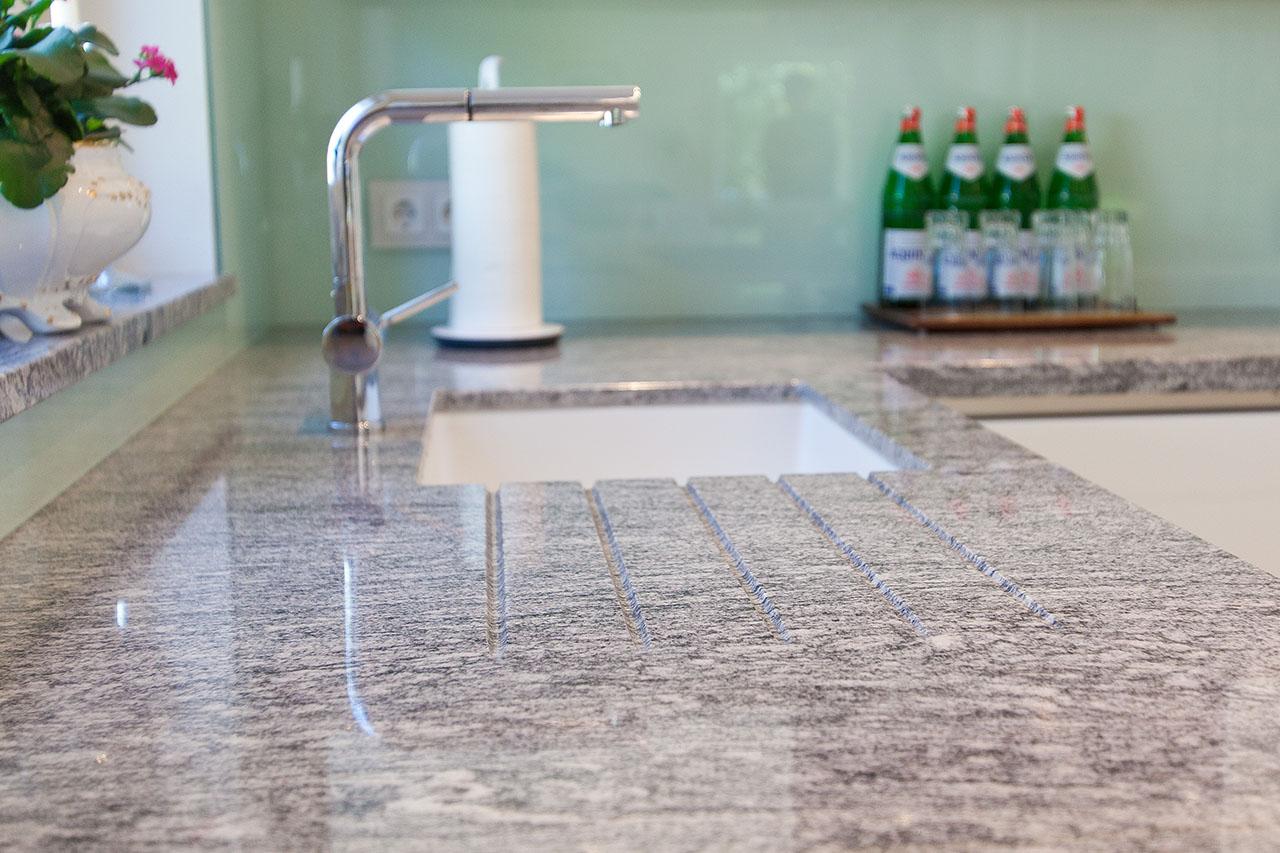 Full Size of Granit Arbeitsplatten Nach Ma Fr Kchen Kchenhaus Thiemann Granitplatten Küche Arbeitsplatte Sideboard Mit Wohnzimmer Granit Arbeitsplatte