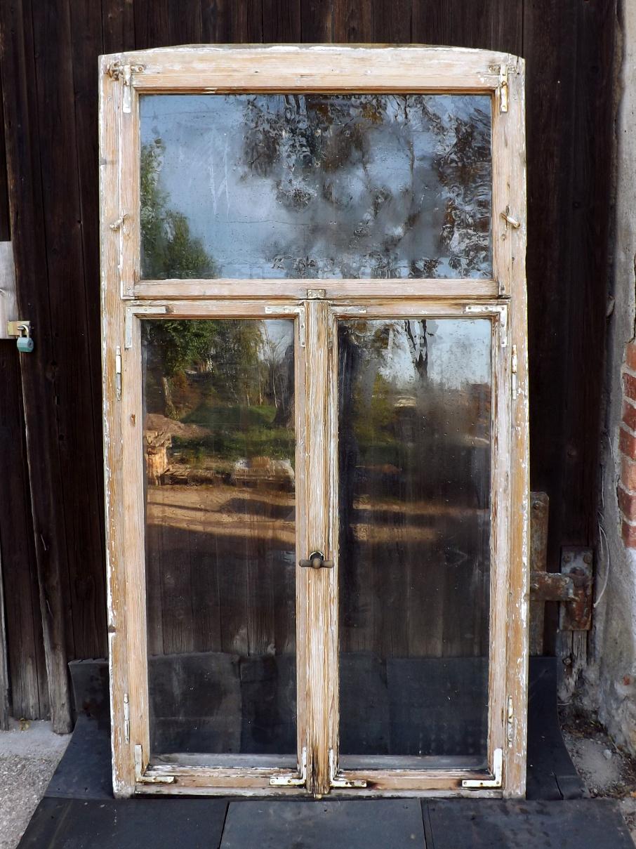 Full Size of Gewächshaus Holz Alte Historische Fenster Grnderzeit Villa Antik Garten Holzhaus Alu Preise Fliesen In Holzoptik Bad Massivholz Bett Schlafzimmer Esstisch Wohnzimmer Gewächshaus Holz