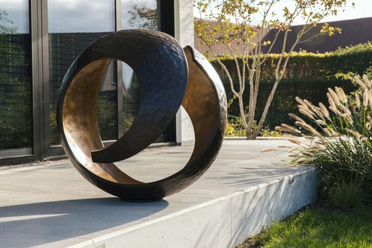 Medium Size of Skulpturen Garten Gartenskulpturen Stein Kaufen Modern Aus Italien Bad Hofgastein Hotel Staffelstein Gastein Pension Alpina Therme Steinteppich Wohnzimmer Gartenskulpturen Stein