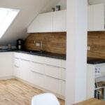 Dachschräge Küche Wohnzimmer Dachschräge Küche Einbaukche In Dachwohnung Betonoptik Einbauküche Mit Elektrogeräten Büroküche Sideboard Arbeitsplatte Kaufen Landhaus Modulküche