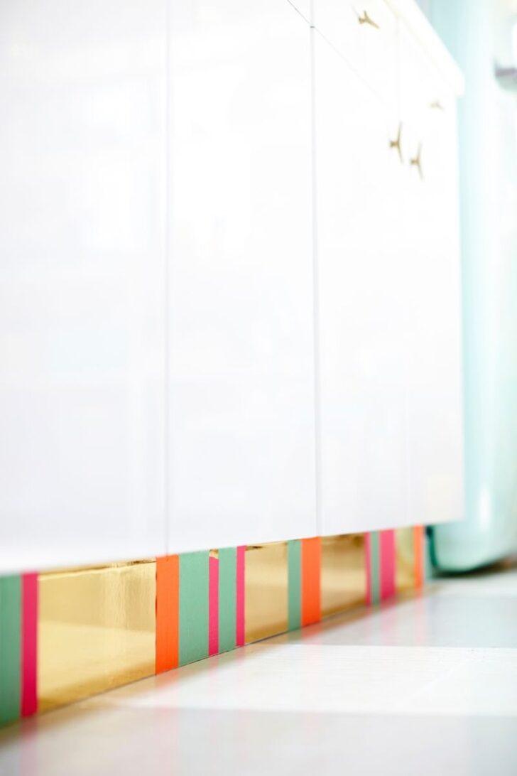 Medium Size of Küche Sockelleiste Nischenrückwand Vorhänge Deckenlampe Rosa Sideboard Aufbewahrung Kreidetafel Massivholzküche Singelküche Gardine Günstig Mit Wohnzimmer Küche Sockelleiste