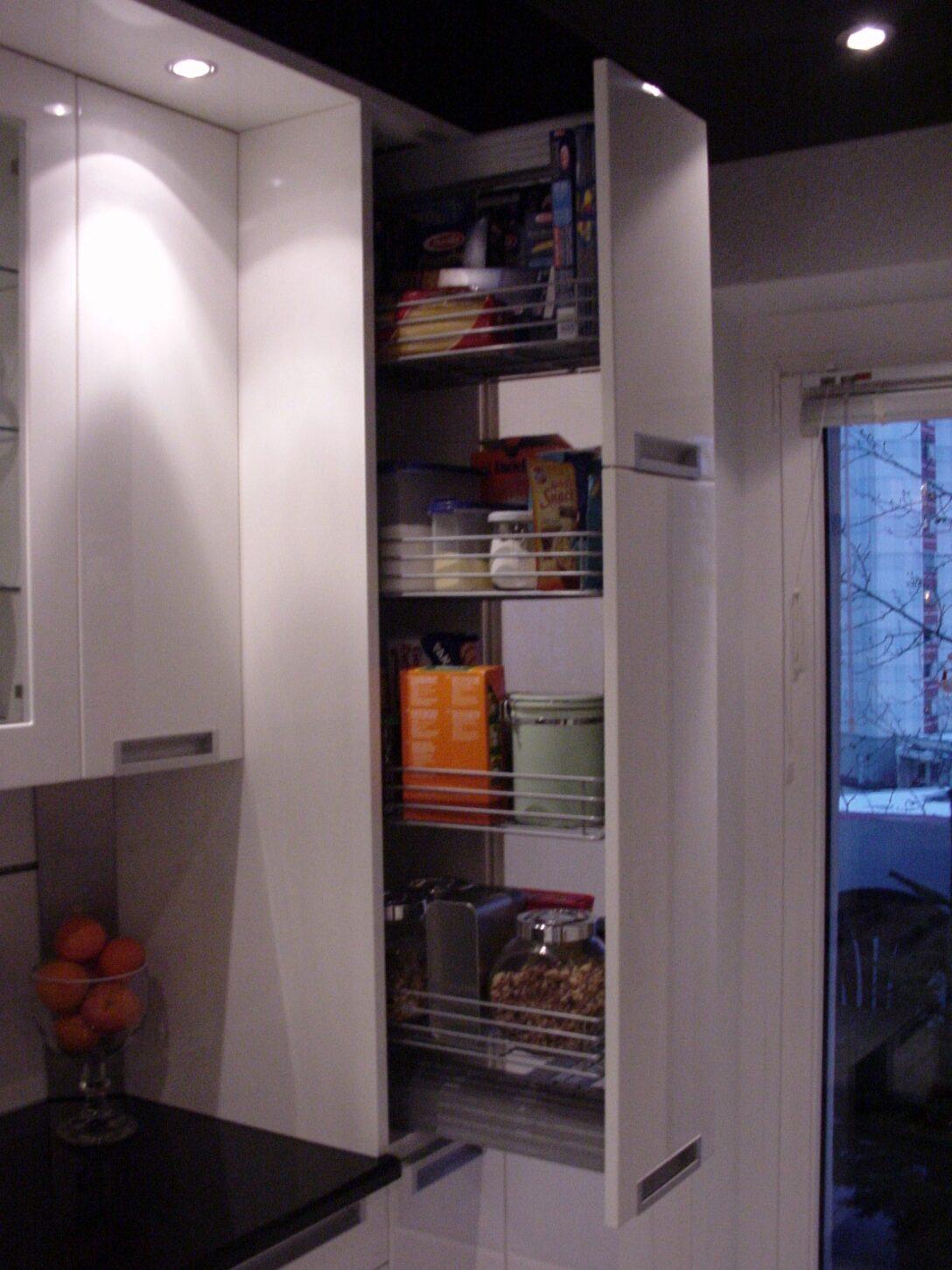 Large Size of Apothekerschrank Weiß Hochglanz Ikea Esstisch Oval Bad Hängeschrank Regal Bett 160x200 Betten 90x200 Modulküche Badezimmer Hochschrank Weißes Sofa Wohnzimmer Apothekerschrank Weiß Hochglanz Ikea