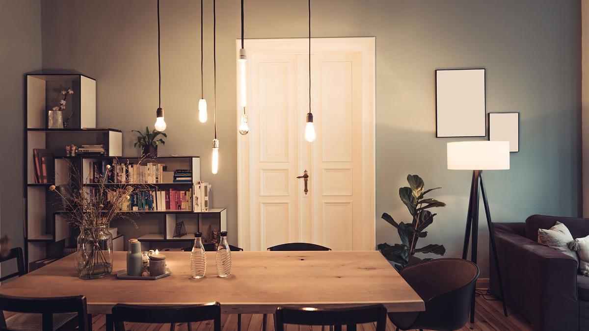 Full Size of Wohnzimmer Leuchten Ikea Lampe Stehend Lampen Decke Von Es Werde Licht 5 Ideen Fr Schne Diy Bosch Deckenleuchte Tischlampe Sofa Mit Schlaffunktion Gardinen Wohnzimmer Wohnzimmer Lampe Ikea