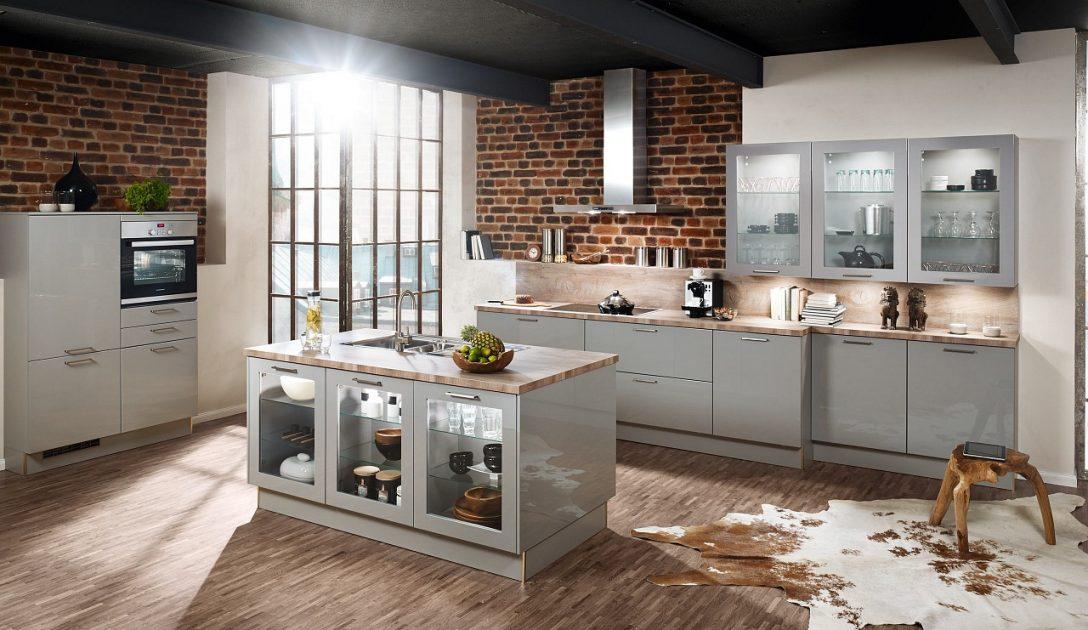 Large Size of Sparen Mit Der Jubilumsaktion Von Kchenquelle Küchen Regal Wohnzimmer Küchen Quelle